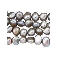Freshwater pearl | nugget 5-6mm | grey | | pakje van 40 stuks